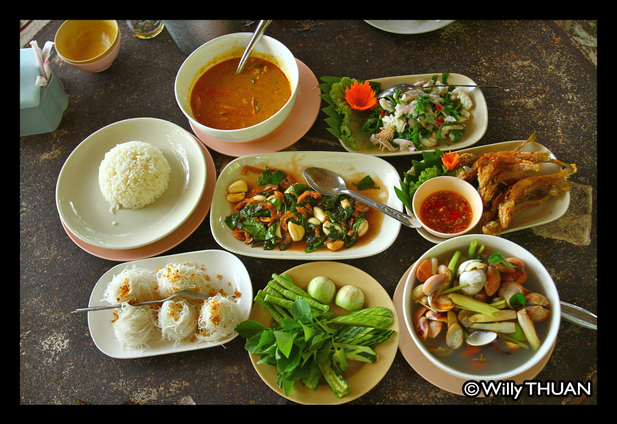 10 great local seafood restaurants in phuket phuket 101