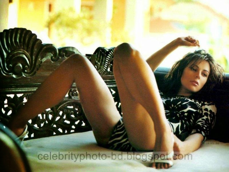 Elizabeth+Hurley+Latest+Hot+Photos+With+Short+Biography013