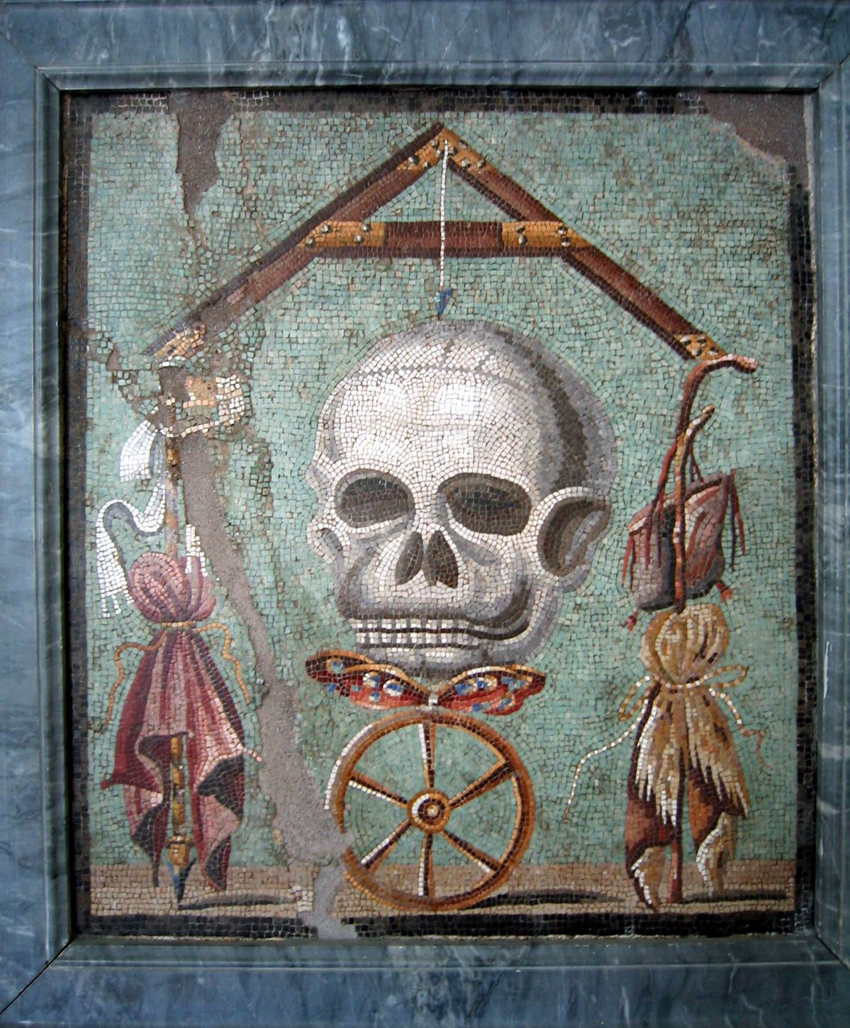 The midnight freemasons the skull crossbones and freemasonry pd newman writes of the ritual of years long past where it is referred to as the bone box which holds the key or pass buycottarizona Images