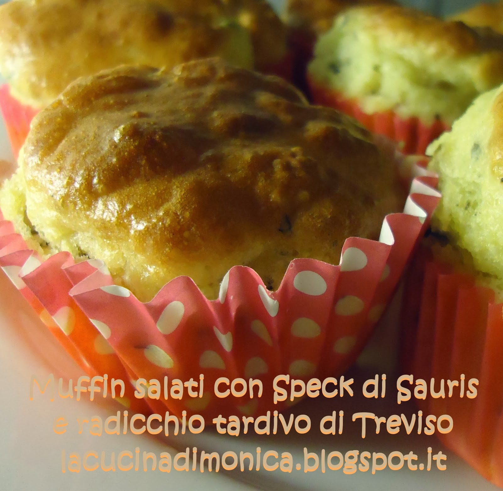 muffin salati con speck di sauris e radicchio di treviso tardivo