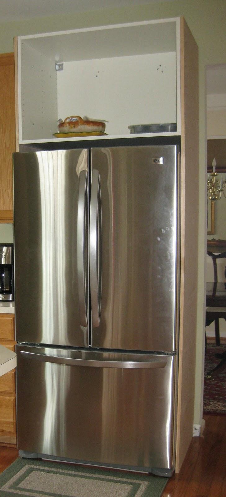 Remodelando la Casa: Building the Refrigerator Enclosure