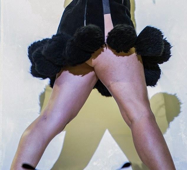 المغنية الانكليزية بالوما فيث و أداء مثير خلال جولتها في ولفرهامبتون, لندن