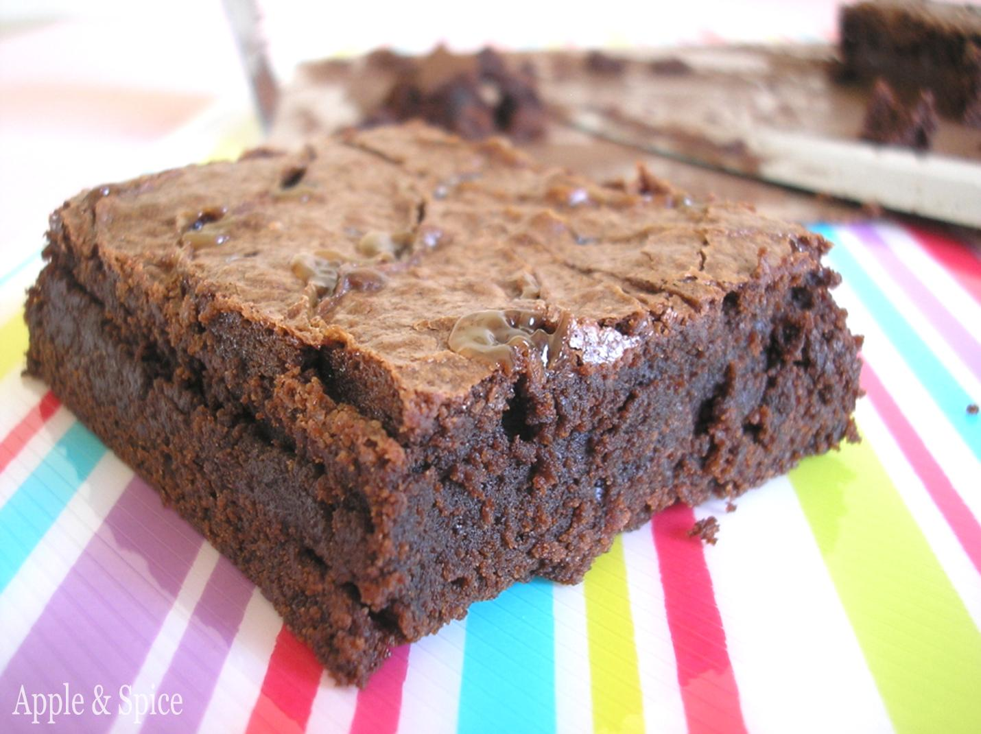 Apple & Spice: Chocolate Salted Caramel Brownies