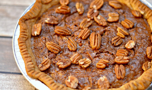 Pecan Pie recipe, easy pecan pie recipe, pecan pie, thankgiving desserts, easy pie recipes,