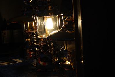 Lampes à pétrole sur Marché de noël berlinois d'Alt Rixdorfer sur la Richardplatz