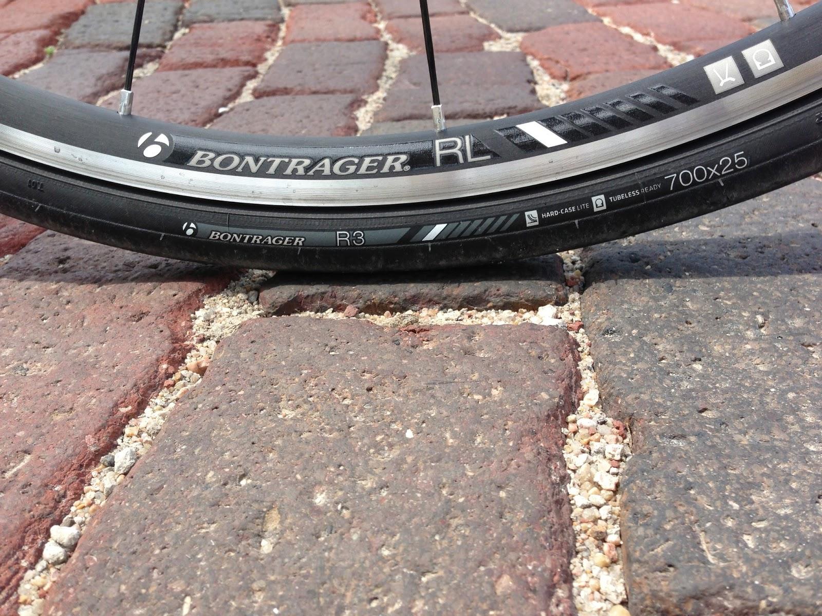 Review Bontrager Race Lite Tlr Wheelset R3 Tubeless Tires