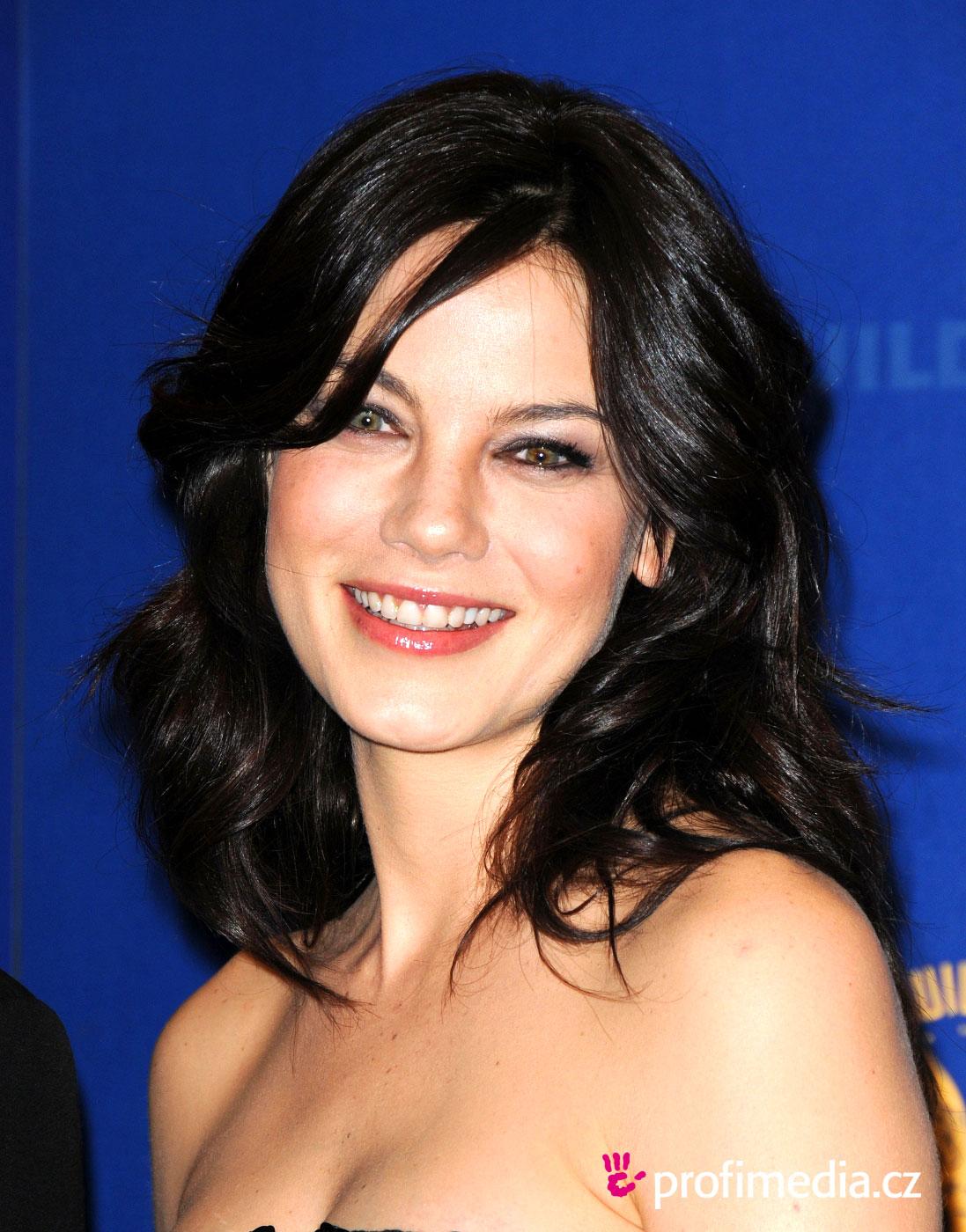 http://1.bp.blogspot.com/-d7mgcEMEDSM/TyiEG4YkqvI/AAAAAAAAJek/AN_arpzEDXc/s1600/michelle-monaghan-hairstyle-5b8b6.jpg