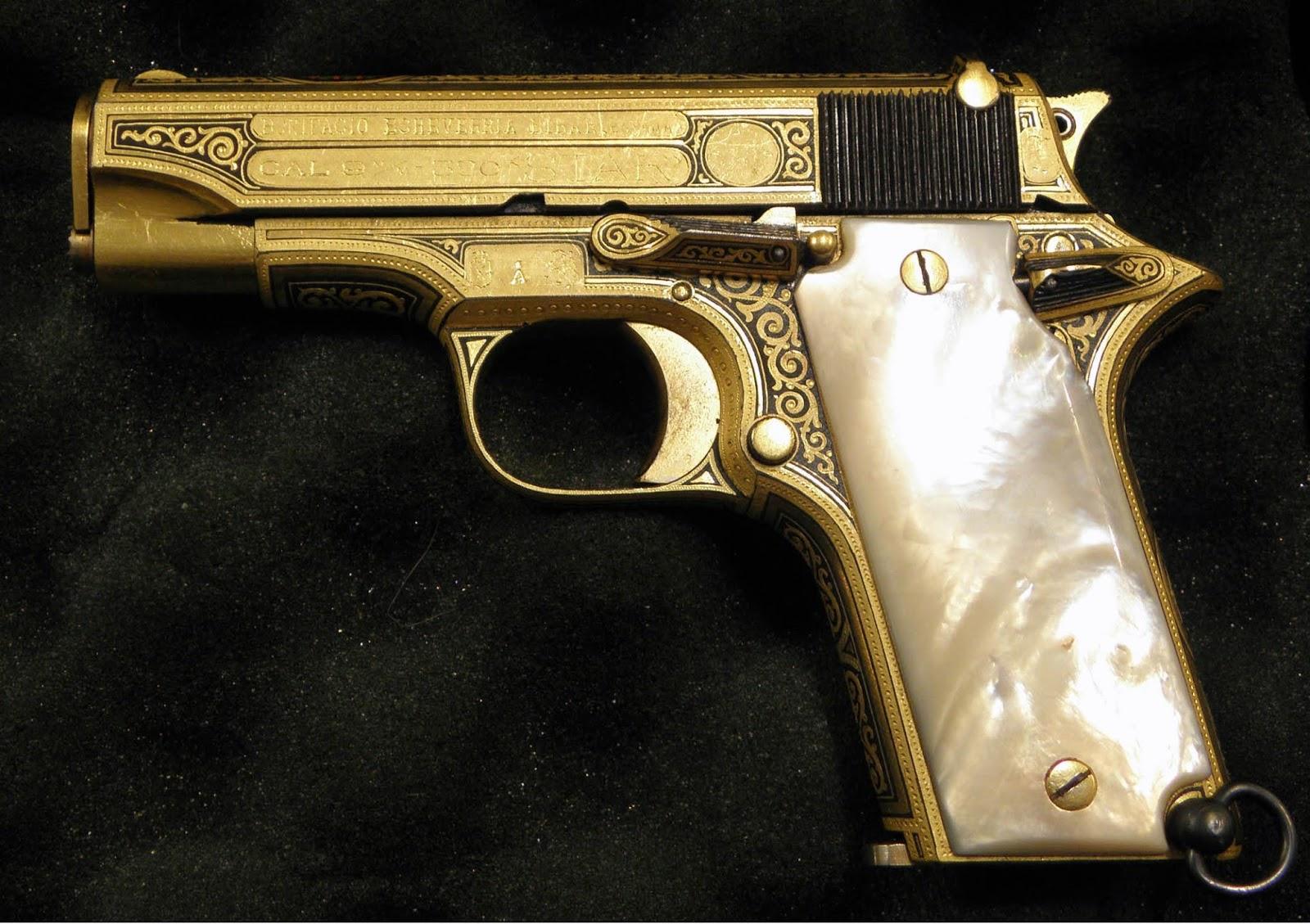 mostramos otra verdadera obra de arte en arma de fuegoArmas De Alto Calibre De Oro