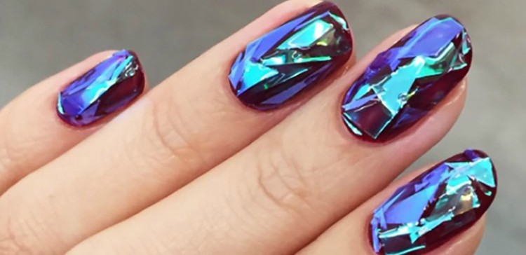 Her Simple Technique to Create Shattered Glass Nail Art Is Brilliant!