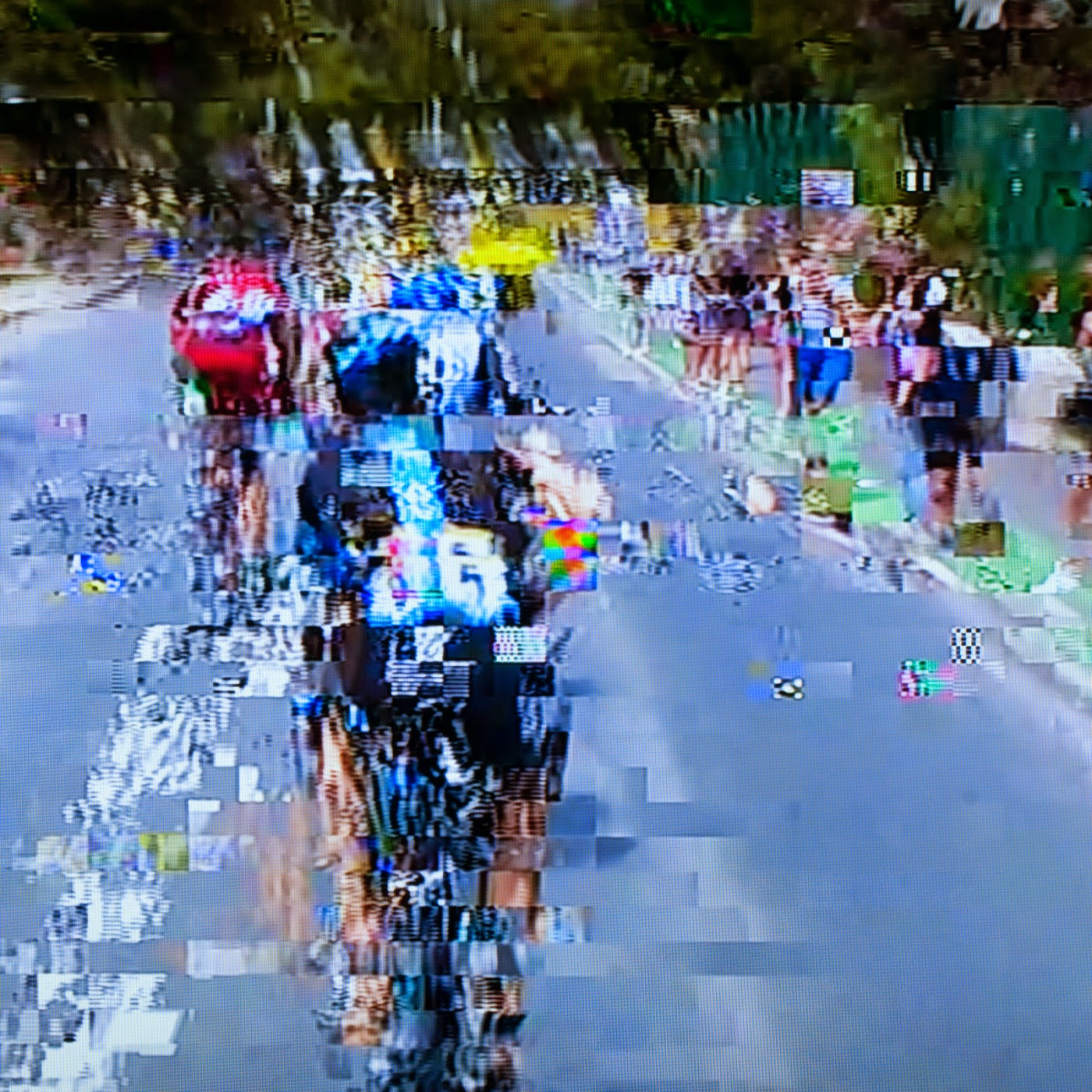 glitch, tim macauley, you won't see this at MoMA, le tour de france, 2014, abstract, abstraction, tv coverage, signal loss, noise to signal ratio, photographic art, graphic, digital, noise, signal,