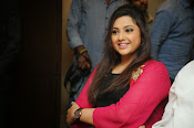 Meena latest gorgeous photos-thumbnail-15