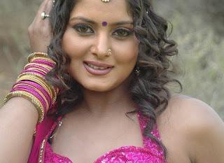 Anjana Singh Item  480x350.jpg