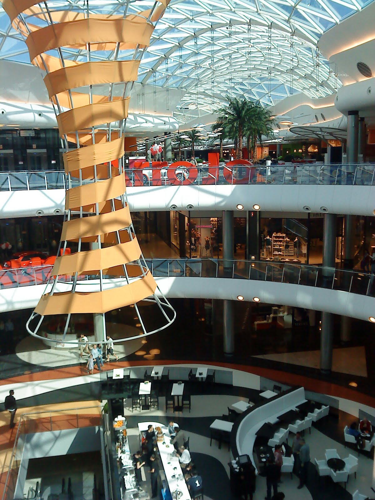 Shops malls and coffe shops around the world tiendas - Cinesa marineda a coruna ...