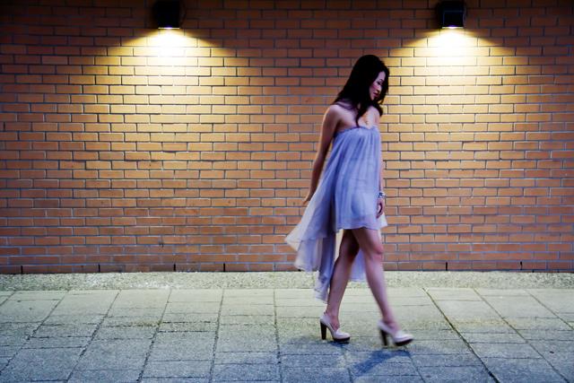 Blaque label sweetheart lilac dress, lilac dress, flowy dress, street style