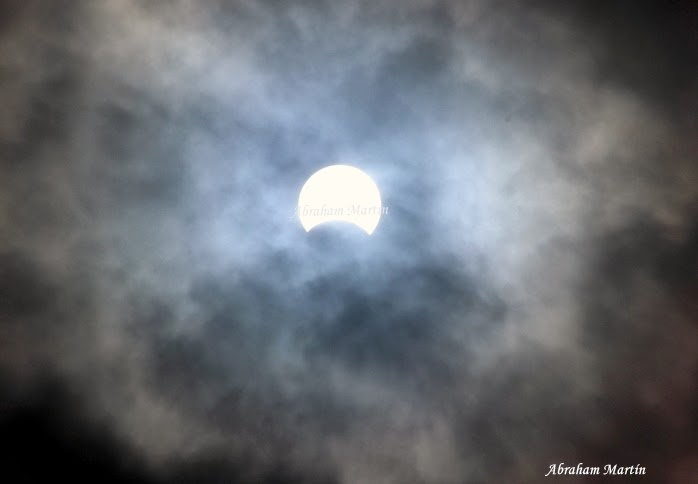 ECLIPSE SOLAR (03/11/2013)