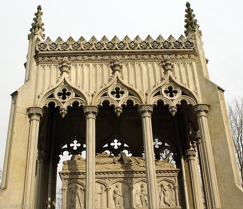 Wilanów, Mauzoleum Potockich sarkofag