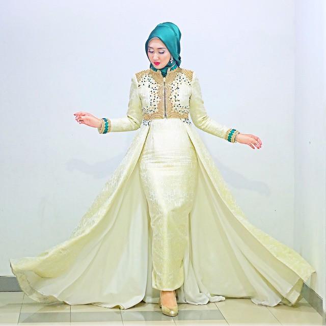15 model baju muslim untuk pesta ala dian pelangi Baju gamis pesta muslim