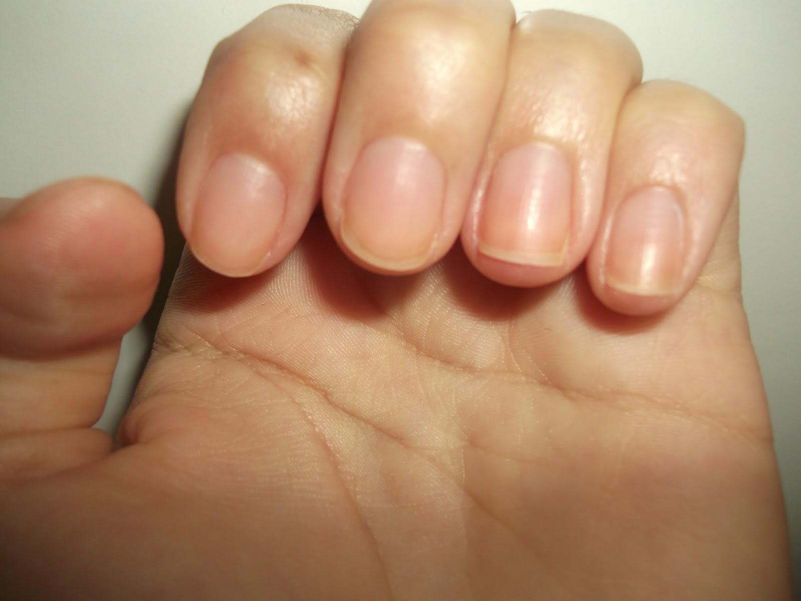 Kısa tırnaklarda manikür