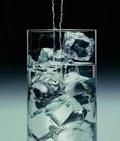 no bebas calorias, toma agua