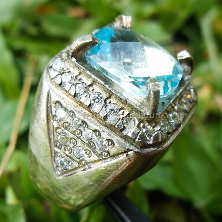Cincin Batu Permata Swis Blue Topaz -SP457