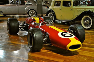 walpaper hot 2011 clasic cars