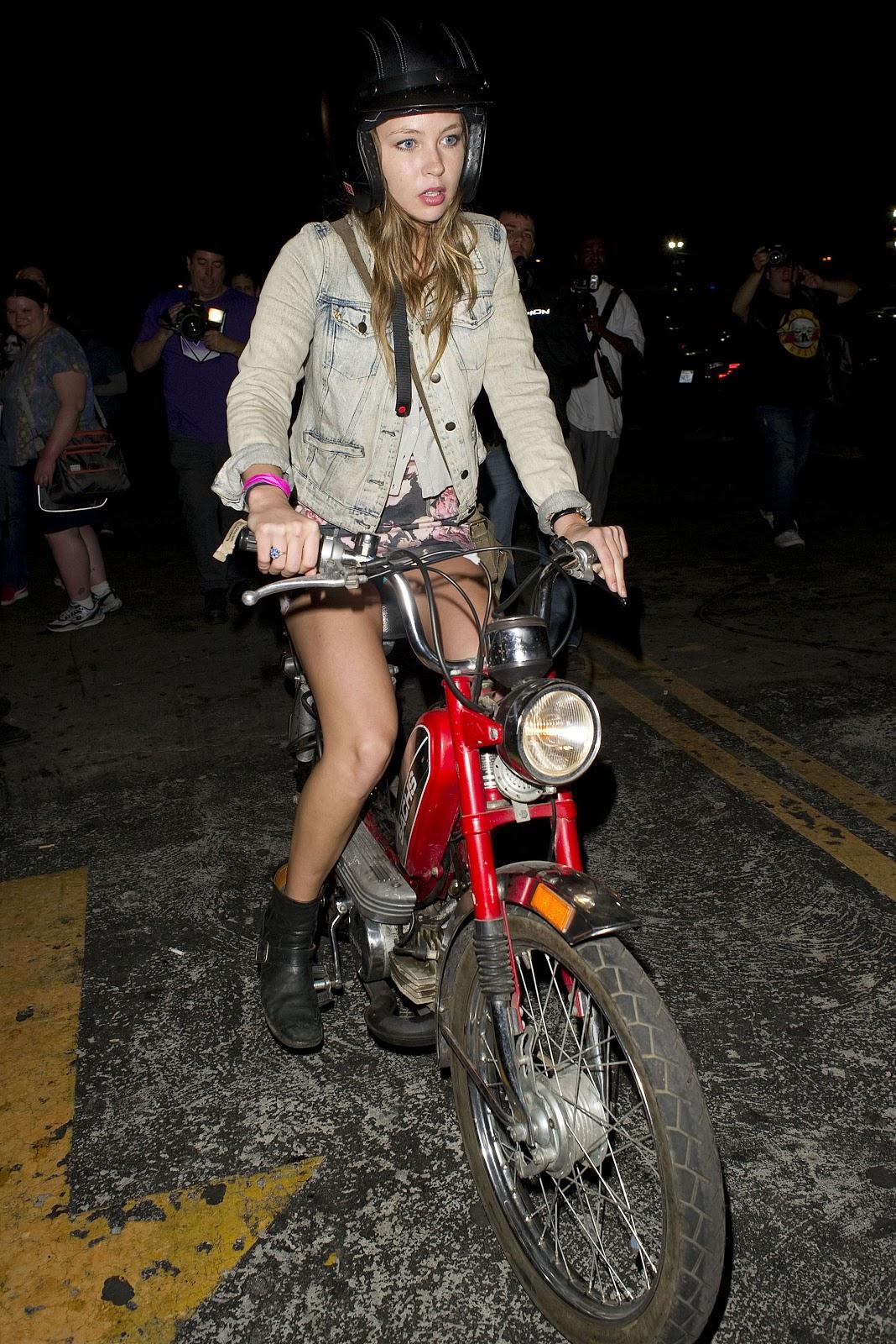 【自転車】パンツがミエタ 64枚目【バイスクール】 [無断転載禁止]©2ch.netYouTube動画>5本 ->画像>575枚
