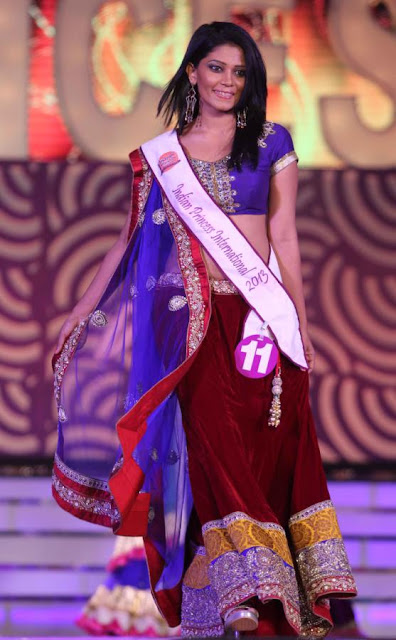 Karishma Kapoor @ Indian Princess Grand Finale