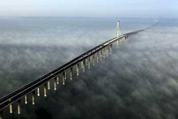 Foto Jembatan Laut Terpanjang di Dunia