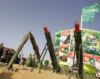 تصنع كتائب القسم أنواعا مختلفة من الصواريخ محلية الصنع