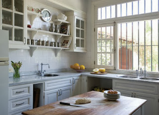 How to achieve warmth in the kitchen