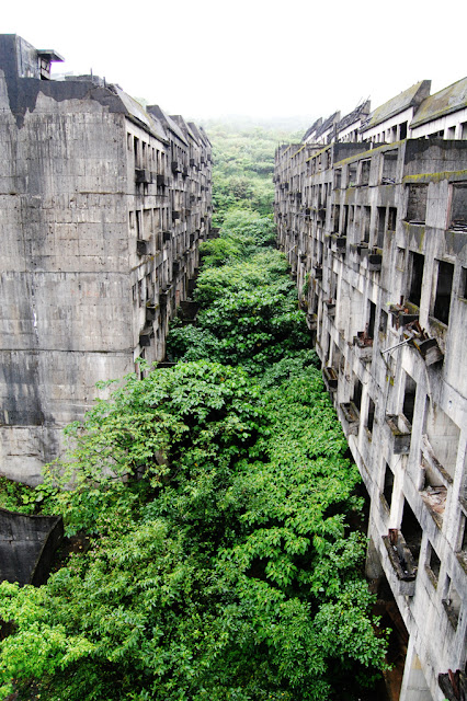 Abandoned city of Keelung, Taiwan on Presenting The Wonder