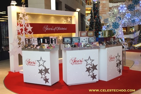 stars-of-christmas-gift-display
