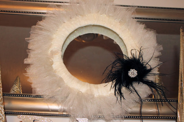black and cream tulle wreath, elegant wreath