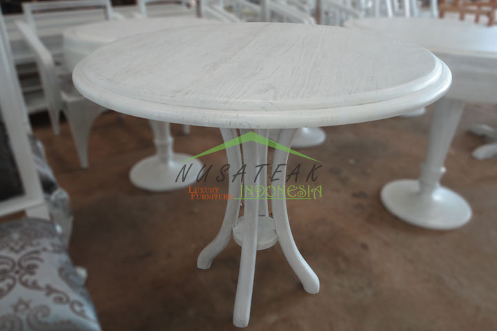Wenang Wooden Round Tea Table