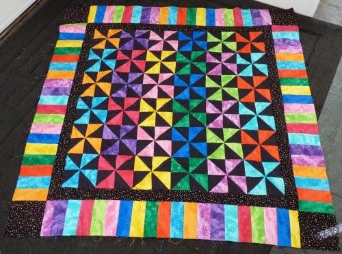 Pinwheel Pindot Quilt - Free Pattern