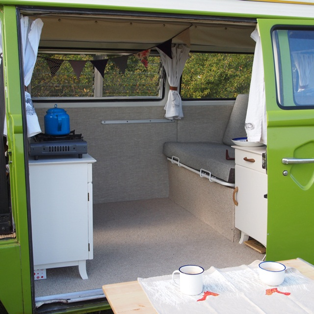 j u n k a h o l i q u e: our vw camper van is finished!