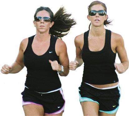 http://www.opoae.com/2013/03/tips-membuat-wanita-agar-mengejar-pria.html
