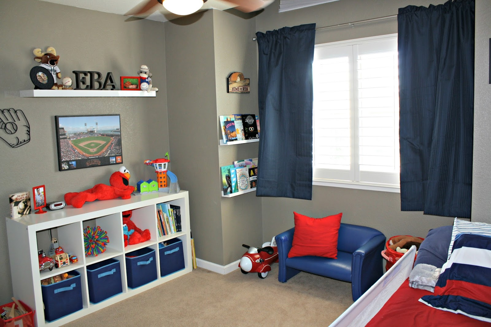 themed room with accents of red white and blue it s the perfect room