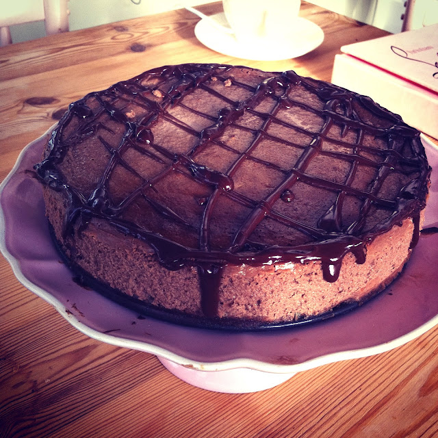 nigella lawson chocolate cheesecake, chocolate cheesecake, nigella recipe,