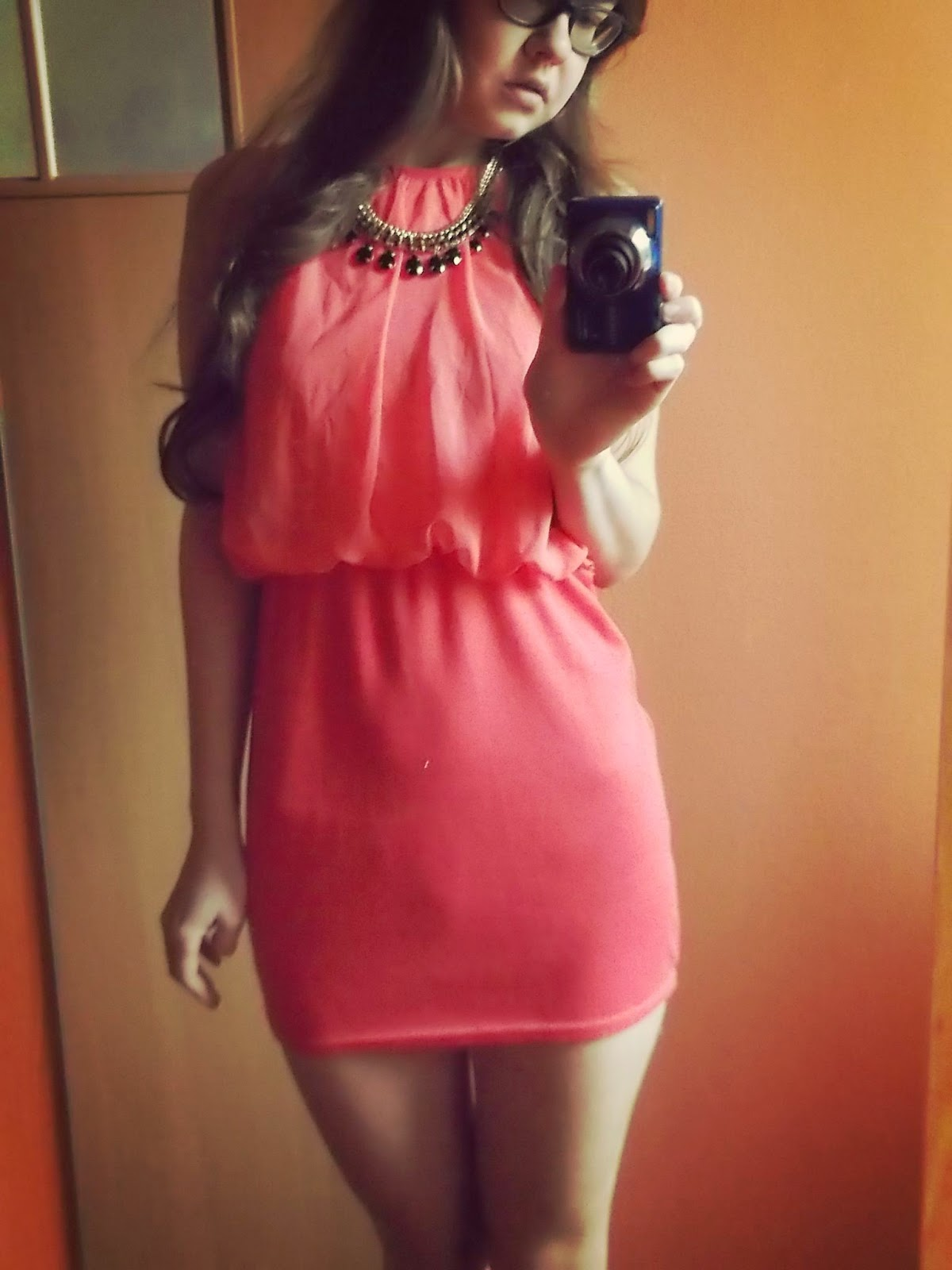 OOTD: morelowa sukienka z second handu