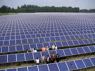 pabeles solares en el campo