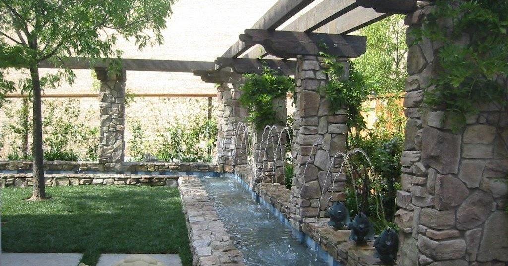 Backyard waterfall design backyard and patios - Fuente para patio ...
