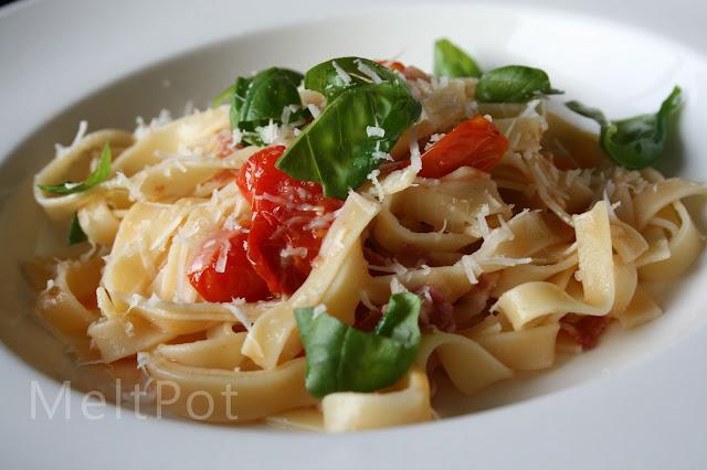 tagliatelle pancetta cherry tomatoes