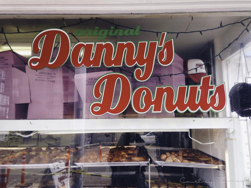 Danny's Donuts Vista California