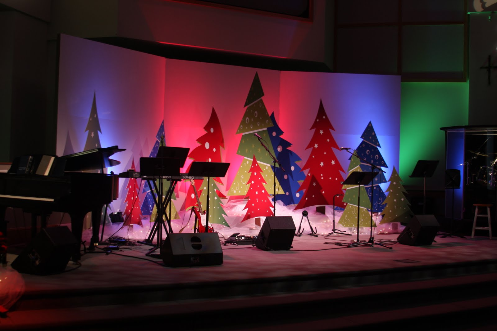 Church Stage Decorating Ideas