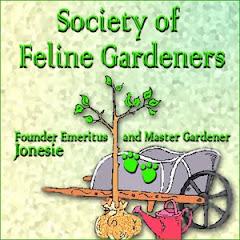 Feline Gardeners Unite!