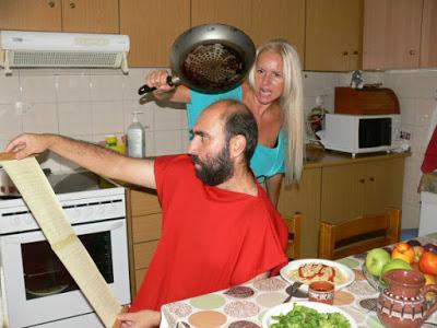 Ο Οινοκράτης, η Μελίβοια και το τηγάνι!!!