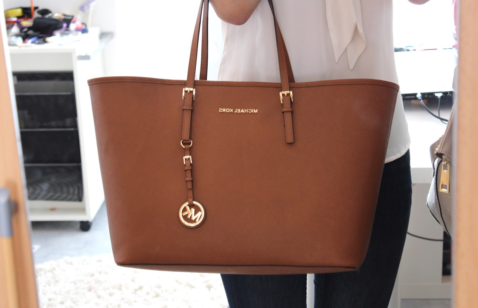 Michael Kors Jet Set Laukku Kokemuksia : Emmi s wardrobe michael kors medium jet set travel tote