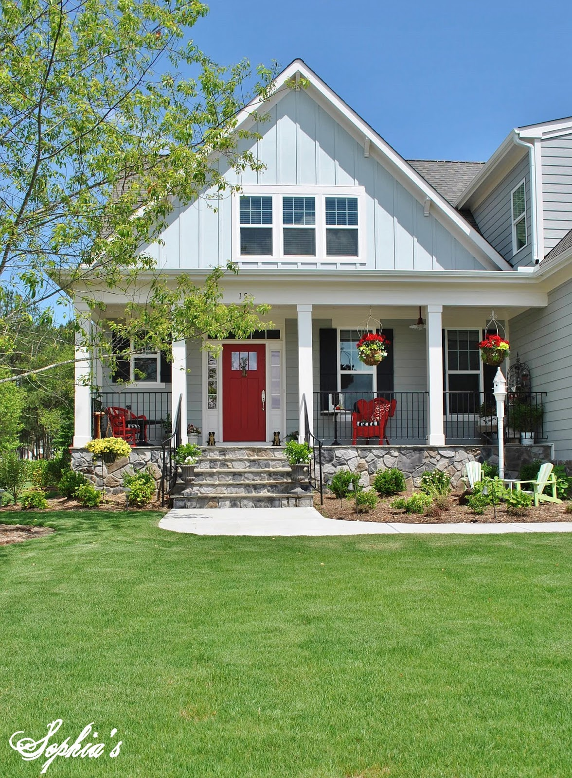Sophia 39 s farmhouse style front porch with pops of red for House with porch