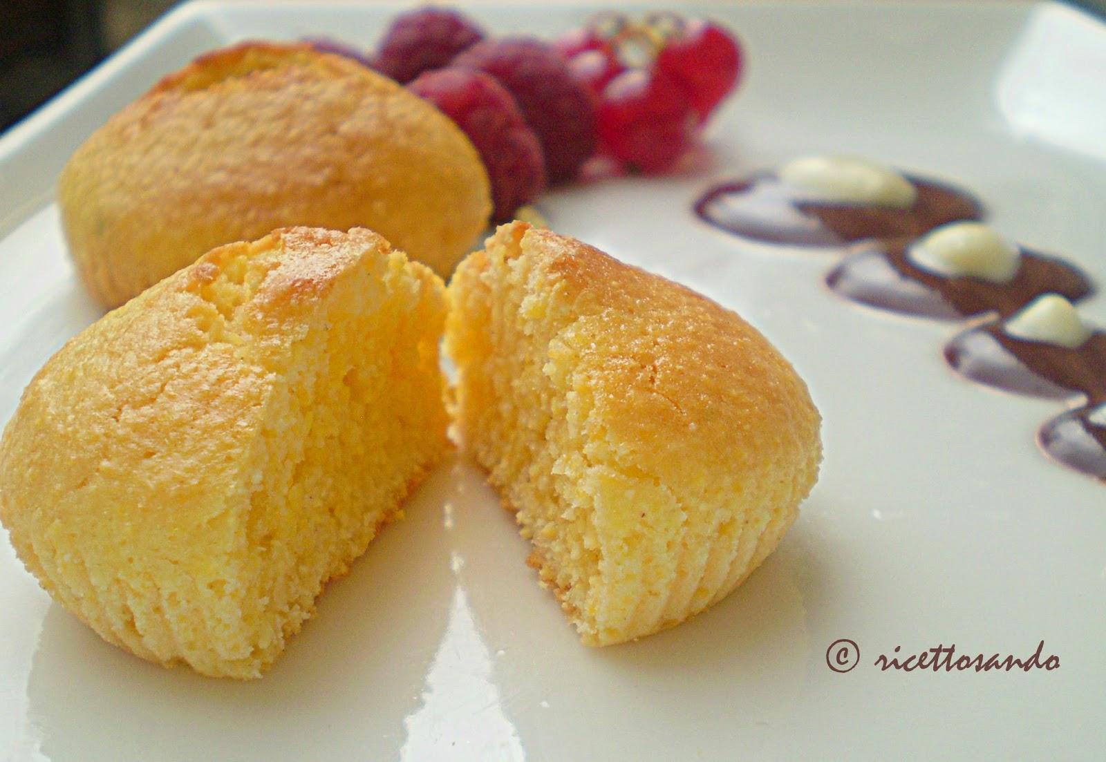 Muffins allo yogurt ricetta dolce a base di farina di mais